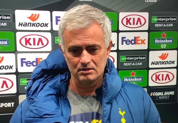 """Mourinho in conferenza: """"Scelta mia quella di stasera, ma se poi prendiamo 4 5 gol dal Napoli?"""""""