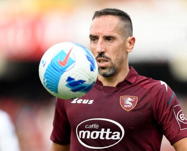 Infortunio Ribery, si teme un lungo stop: può saltare anche il Napoli